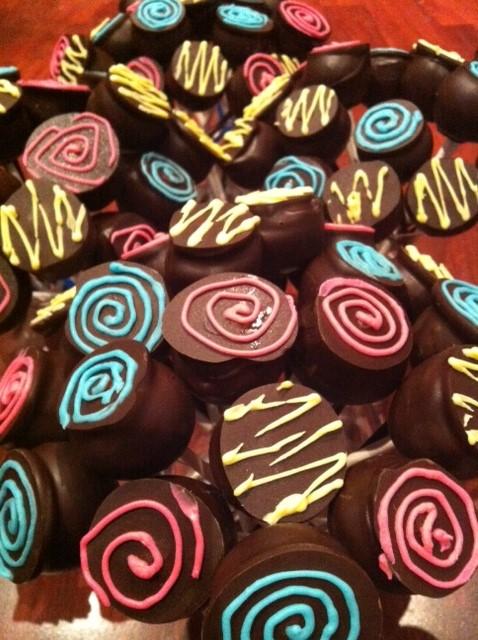 Alice's cake pops 2