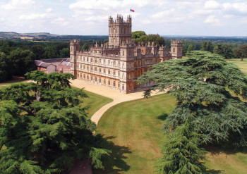 Downton-Abbey-Tour_1