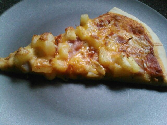 hawaiian pizza 2